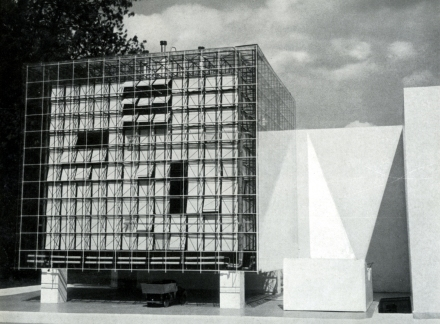 Oskar Hansen, Lech Tomaszewski and Stanisław Zamecznik, model of their proposed extension to the Zachęta Gallery in Warsaw, 1958 (Source: Ciam '59 in Otterlo. Documents of Modern Architecture, Hilversum, 1961).